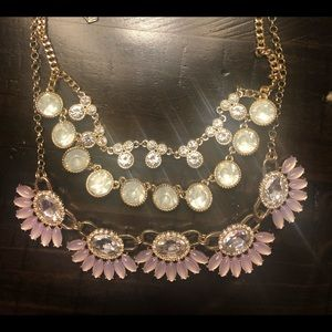 Double sided layered necklace.. very versatile